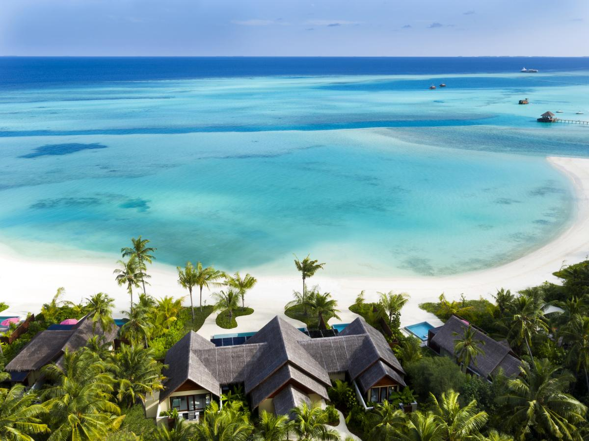 http://tbmagazine.net/vacancia/sites/default/files/styles/large/public/71016171-h1-pniy_3br_family_beach_pavilion_aerial_02_g_a_l.jpg?itok=0aBSidej